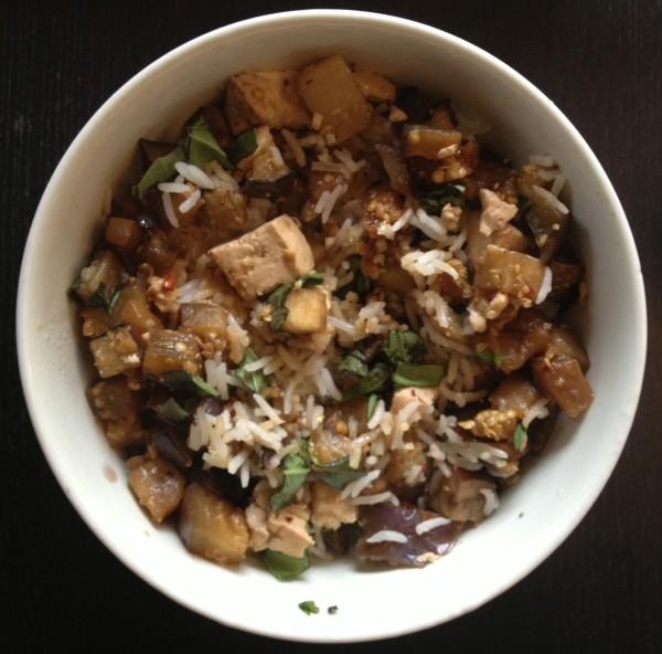 Thai eggplant and tofu rice bowl 600x592 Thai eggplant and tofu rice bowl